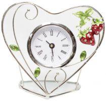 """Часы в форме сердца """"Клубничная поляна"""" купить"""