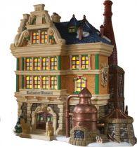 DP-56239 Новогодний сувенир Пивной дом Department 56 (h=21 см; s=20 см) купить