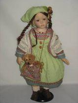 Кукла фарфоровая [WL-V-2626] купить