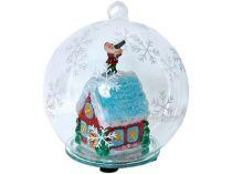Новогодний шар с меняющей цвет подсветкой с занесенной снегом избушкой Деда Мороза внутри купить