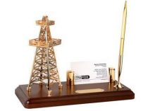 """Настольный прибор """"Черное золото"""" с подставкой под визитки и ручкой на деревянной подставке купить"""